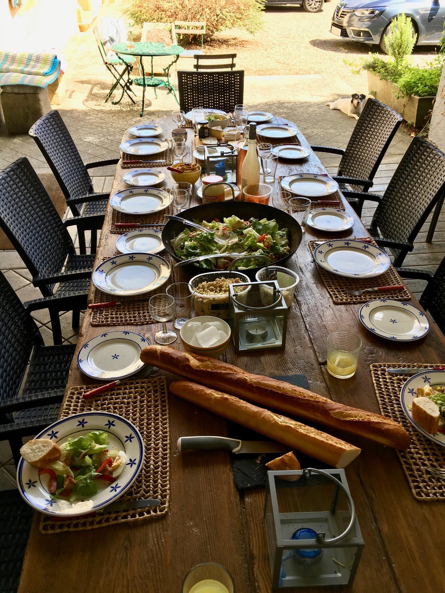Summer Lunch Outdoor | Domaine du Pignoulet, Gascony, France